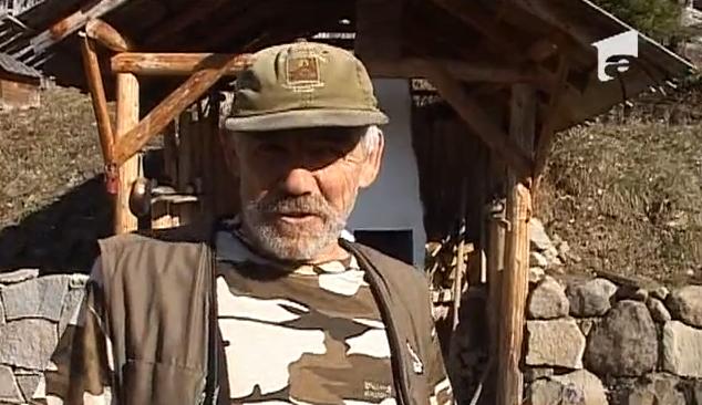Un bărbat din Harghita trăiește fără grija banilor sau a facturilor! Care e secretul lui