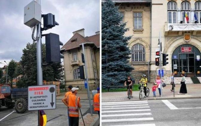 N-ai mărunt, nu treci strada: semafoare cu fise la Piatra-Neamț…