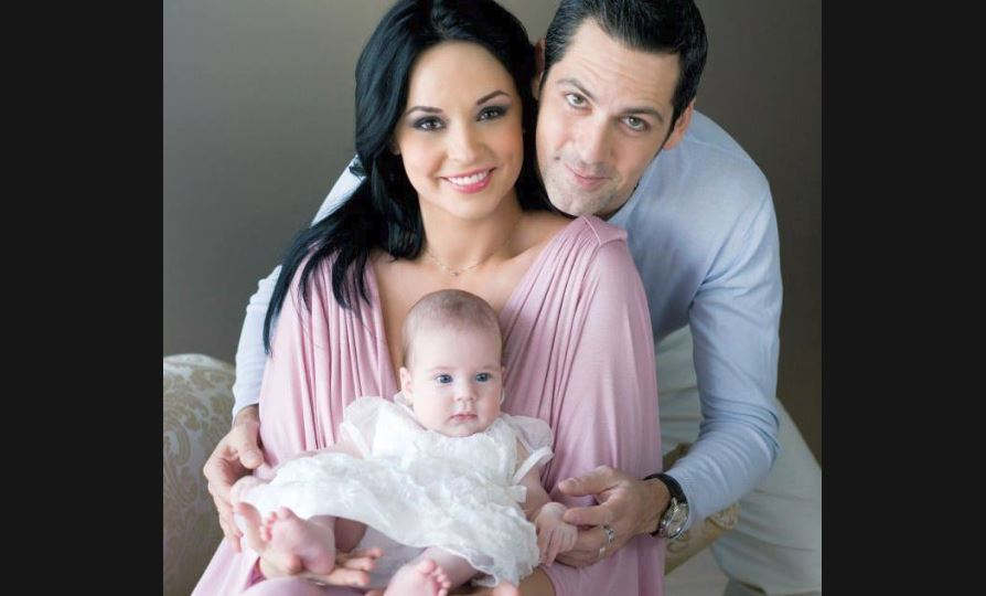 Prima ședință foto a Violetei. Cum arată la 11 ani singura fiică a lui Ștefan Bănică Jr. și-a Andreei Marin?