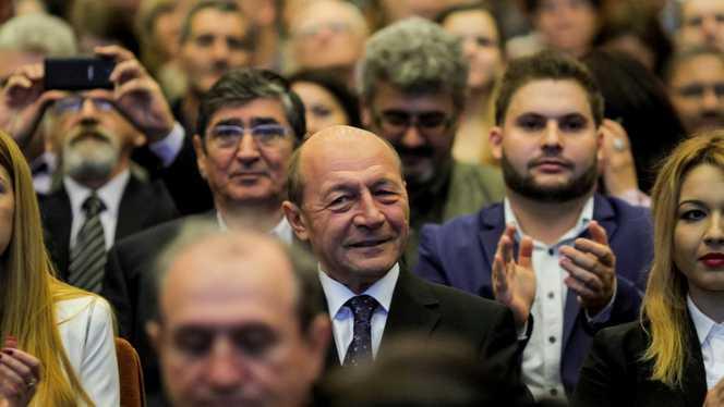 Traian Băsescu, funcție importantă în Parlamentul European. Ce alți europarlamentari români ocupă funcții de top